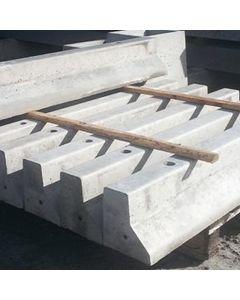 Concrete Sand Cubicle Kerb