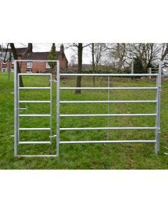 Bateman Cattle Hurdle with Access Gate - 3.0m