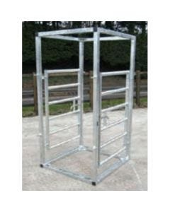 Bateman Cattle kiosk unit personal access cage